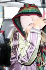 Paris Jackson Braves rain in Beverly Hills to dine