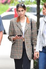 Kaia Gerber Seen buying a new apartment with her parents in New York City