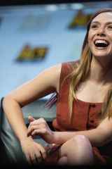 Elizabeth Olsen At Ace Comic Con in Seattle