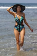 Blanca Blanco Spends the morning on the beach in Malibu