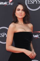 Eiza Gonzalez At The 2018 ESPYS in Los Angeles