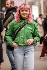 Maisie Williams Out in Paris