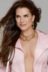 Brooke Shields - derek kettela photoshoot for stella magazine's 2019