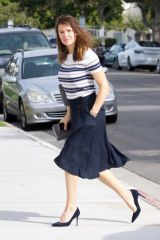 Jennifer Garner Arriving at church in Brentwood