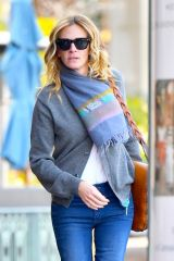 Julia Roberts Out in Calabasas