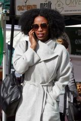 Karimah Westbrook Enjoys her Sunday shopping at the farmer's market in Studio City