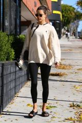 Alessandra Ambrosio Starts her week off with a pilates class in Los Angeles