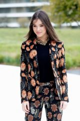Hailee Steinfeld At Apple Product Launch Event At The Steve Jobs Theater At Apple Park, Cupertino
