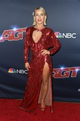 "Julianne Hough At ""America's Got Talent"" Season 14 Live Show in Hollywood"