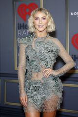 Julianne Hough At 2019 iHeartRadio Music Festival in Las Vegas