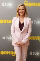 Reese Witherspoon & Jennifer Aniston At Apple's press day for 'The Morning Show' in LA