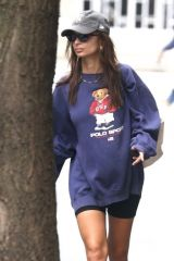 Emily Ratajkowski Keeps it comfy while out on a morning stroll in New York