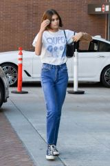 Kaia Gerber Arrives at a medical building in Beverly Hills