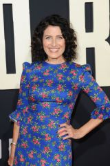 Lisa Edelstein At 'Jojo Rabbit' premiere in Los Angeles
