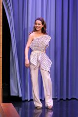 Kate Beckinsale On ''The Tonight Show Starring Jimmy Fallon'' in New York City