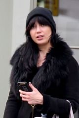 Daisy Lowe Looks fresh faced as she leaves 'NUYU ' beauty salon in Primrose Hill, North London