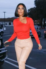 "Kim Kardashian Out shopping at ""A Beautiful Mess"" in Agoura Hills"