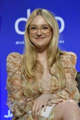 Dakota Fanning At 77th Annual Golden Globe Awards Nominations Announcement in Beverly Hills