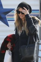 Heidi Klum Arrives to a studio to film Germany's Next Top model in Los Angeles