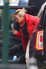 Scarlett Johansson Spotted going rehearsal for SNL in New York City
