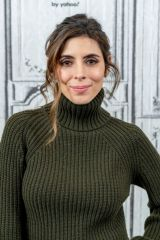 Jamie-Lynn Sigler Visits BUILD Series to discuss 'Mob Town' in New York City
