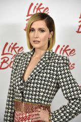 "Rose Byrne At Paramount Pictures' ""Like A Boss"" photocall in NYC"