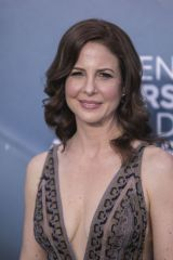 Robin Weigert At the red carpet of the 26th Annual Screen Actors Guild Awards held at the Shrine Auditorium in Los Angeles
