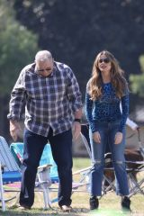 Sofia Vergara Films some of her last scenes for the 'Modern Family' series in Los Angeles