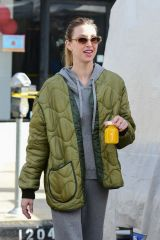 Whitney Port At the Farmers Market in Studio City