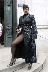 Teyana Taylor Attends the Thierry Mugler show, Paris
