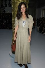 Katie Holmes At Chloé Fashion Show in Paris