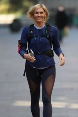 Jenni Falconer Goes for jog in sexy Lycra after presenting Smooth Radio breakfast show in London
