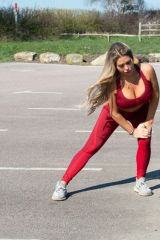Bianca Gascoigne Having an exercising session in Kent