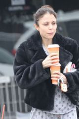 Bethenny Frankel Looks Somber As She Pops Out For Coffee In Her Pajamas In The Hamptons