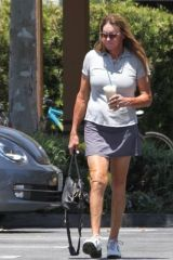 Caitlyn Jenner Does not wear a mask as coronavirus worsens
