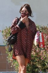 Vanessa Hudgens Stops by a coffee shop in LA