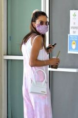Alessandra Ambrosio Visiting a nail salon in LA