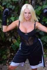Courtney Stodden Takes shots at her ex Doug Hutchinson in Beverly Hills