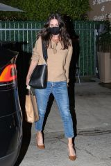 Courteney Cox Out for dinner with friends at Giorgio Baldi in Santa Monica