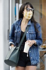 Jordana Brewster At Blue Bottle Coffee in Brentwood