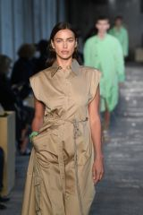 Irina Shayk Takes to the runway at the Hugo Boss fashion show during the Milan Women's Fashion Week