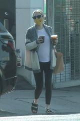 Emma Roberts Goes on a solo coffee run in Los Feliz