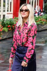 Ashley Roberts Leaves Heart Radio in London
