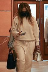 Jennifer Lopez Keeps a low profile as she leaves a dentist's office in Beverly Hills