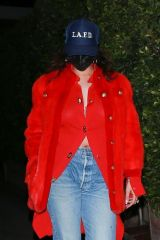 Rihanna Keeps it low key as she exits Giorgio Baldi after enjoying dinner in Santa Monica