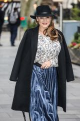 prKelly Brook Seen arriving at the Global Radio Studios in London