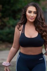 Lauren Goodger Shows off her midriff in a crop top and leggings out in Chigwell, Essex