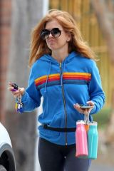 Isla Fisher Spotted having breakfast in Sydney