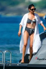 Lauren Silverman Seen on vacation in Barbados