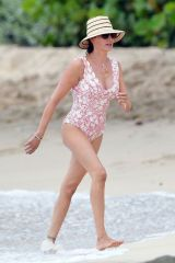 Lauren Silverman Seen on the beach in Barbados